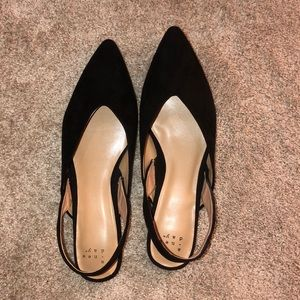 A new day pointed flats. Size 8.5
